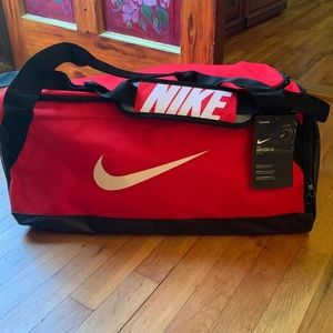 New with tags Large Nike duffel